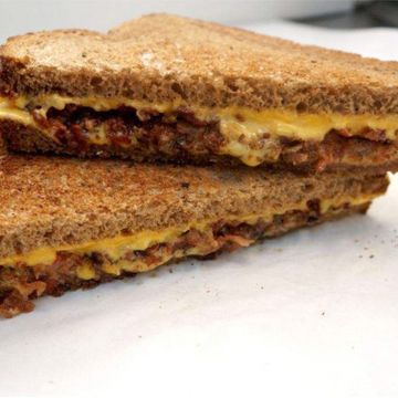Bacon N' Jalapeno Grilled Cheese