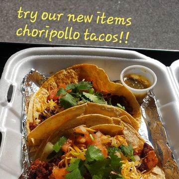 Chorizopollo Tacos