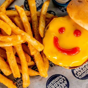 Kid Cheeseburger Combo