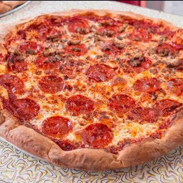 "18"" Pepperoni & Sausage Pizza"