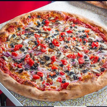 "18"" Veggie pizza"