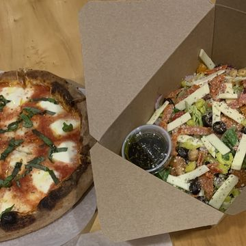Margherita Pizza + Salad Combo