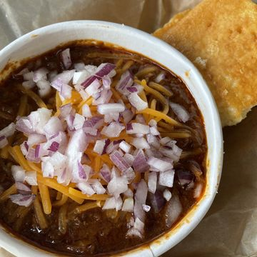 Chili Bowl & Cornbread