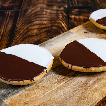 Black and White Cookie - Stack of 4