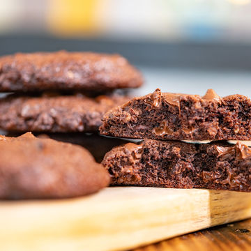Double Chocolate Chip Cookie - Stack of 4