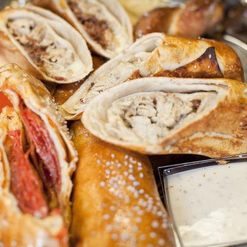 Smokehouse Bacon Cheeseburger Pretzel Roll
