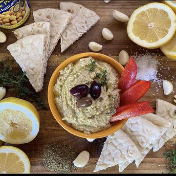 Hummus w/Pita image