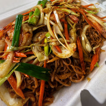 VEGGIE Stir-Fry Ramen Noodles